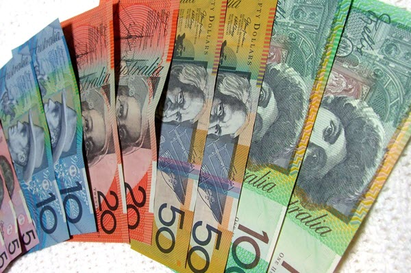 Instant cash loans on Centrelink