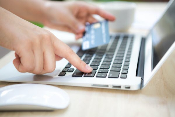 Two WAYS for people to get the credit card apply online